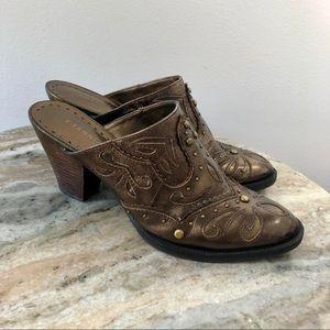 Gianni Bini size 7 cowboy western Mules bronze